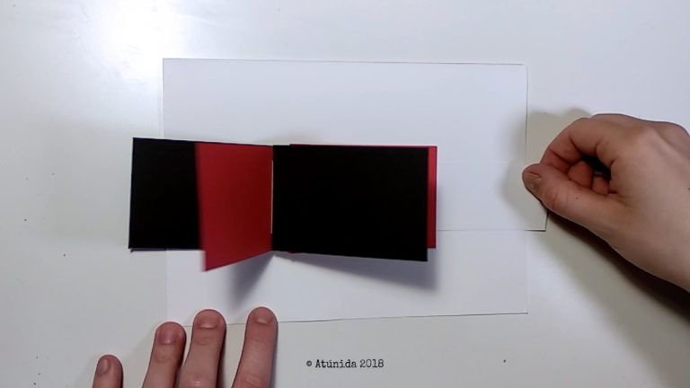Cascade album with handle